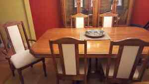 Dining set and China cabinet