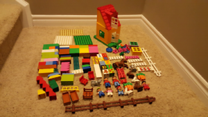 Lego DUPLO Figures, Animals Part of Stable and Blocks