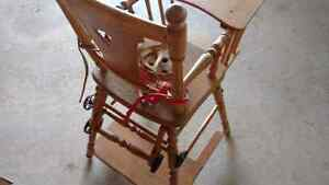Beautiful antique child seat converts to potty/cart Kitchener / Waterloo Kitchener Area image 3