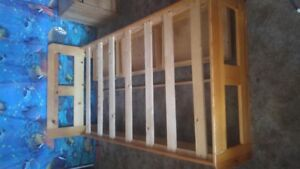GREAT 3 DRAW PINE SINGLE BED WITH WOODEN SLATS ,GREAT CONDITION
