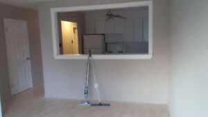 $875 -2 bdrm newly renovated all utilities inc by Dumont & UdeM