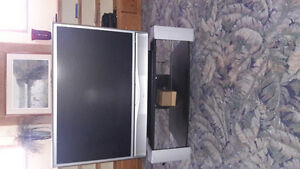 "43"" projection tv.."