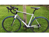 2015 Giant Defy 4 Road Bike. 56cm Frame Suit Height 5'8-6'3. Excellent condition.