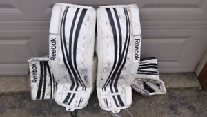 RBK gloves and pads - 34+1 combo