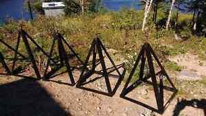 Trépied pour roulotte ou chalet  Saguenay Saguenay-Lac-Saint-Jean image 1