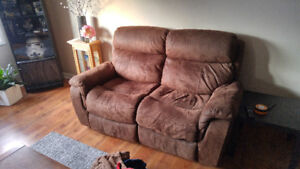 Morrow reclining loveseat