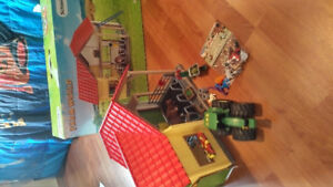 Kids play farm house new, my son never played with it