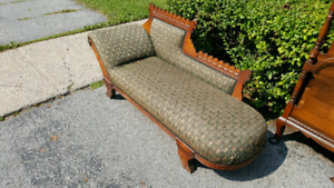 Antique fainting chair