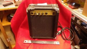Guitar Amplifier Cambridge Kitchener Area image 4