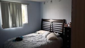 Chambres dans appartements à partager près UQAC - TOUT ÉQUIPÉES