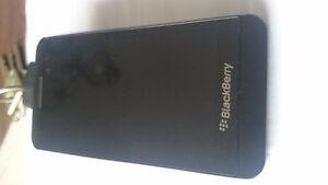 Blackberry Z 10. cellulaire déverrouillé