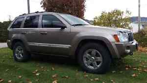 *REDUCED* 2005 jeep Grand Cherokee limited edition