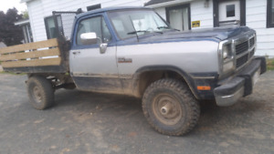TRADE or Sell   91 w250 4x4 12v cummins