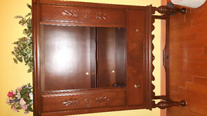 China Cabinet - Excellent Used Condition