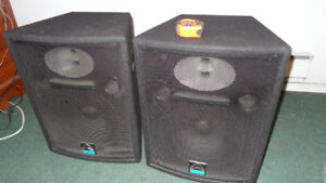 Wharfedale PRO VS-12X (England) passive speakers. 2x500W peak