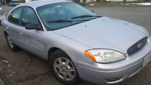 2006 Ford Taurus 4dr fwd seats 6