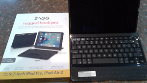 iPad Keyboard/case Clavier/etui