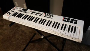M-Audio Axiom Pro 61 Keyboard Controller