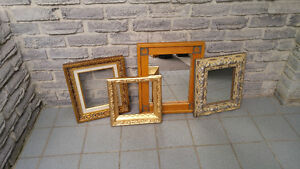 FRAMES AND MIRRORS LOT