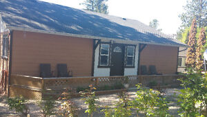 3 Bedrooms Mobile Home For Sale!