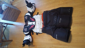 hand-crafted large >>GOALIE CHEST PROTECTOR << McKenney CA870