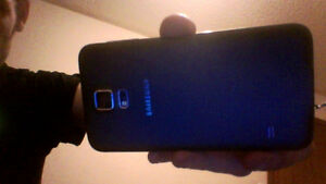 Samsung gs5 with otter box Regina Regina Area image 3