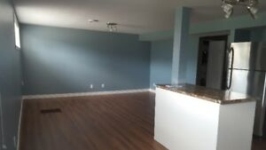 Beautifully Renovated 2 Bedroom in Great Location!