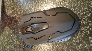 NEW - 1200DPI gaming mouse