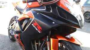 2007 gsxr 750 great price!
