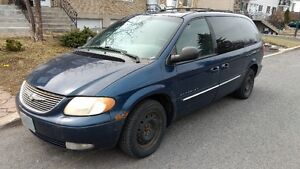 2001 Chrysler Town & Country Camionnette