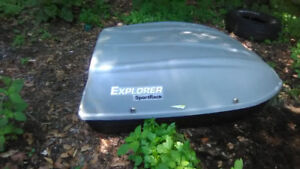 LIKE NEW-CAR TOP CARRIER
