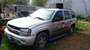 2004 Chevrolet Trailblazer LS SUV, Crossover