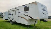 2007 Fleetwood Regal 365BH Fifth Wheel with Guest Room!