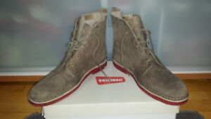 """(""""CLARKS"""") ORIGINAL 3/4 -(SZ !2)-TAUPE-""""NEW""""-PD$185-SELL ONLY$75"""