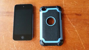 Ipod Touch 4th Generation 32g with case