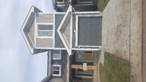 End Unit Townhouse in Rosenthal for Rent