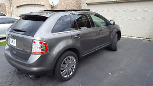 ** Reduced price 2010 Ford Edge Limited AWD + Winter Tires ** Kitchener / Waterloo Kitchener Area image 5