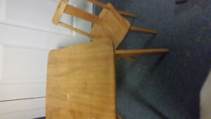 vintage kids table with one chair