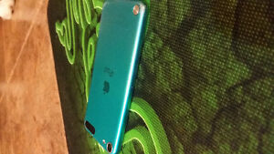 Apple iPod touch 5th generation Good Condition