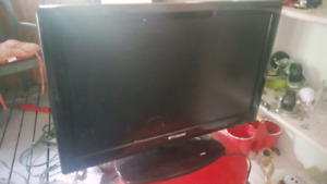 24 inch flats screen TV with built in DVD player