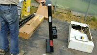 NEW ACME TRAILER HITCH 10000 LBS OF PULLING CAPABILITY $400