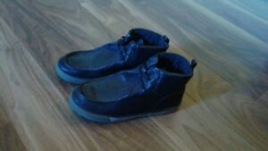 Boy's black dress shoes, size 4