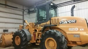 Loader Case 621 D XR