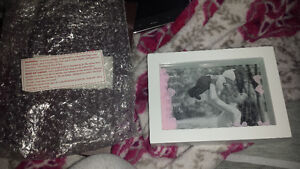 Brand new in box mom picture frame London Ontario image 1