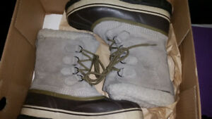 Sorel boots size 9 ladies