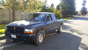 1999 Dodge Dakota Sport ext cab Pickup Truck