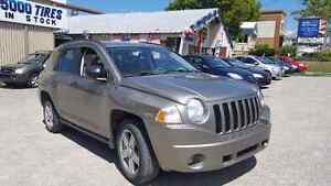 2007 Jeep Compass 4WD,068000 km safety etest included