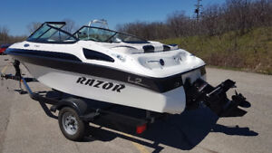 New Razor 1760 Cruiser 17.5 Feet, 3.0 Litres, 135 HP, Inboard