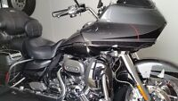 2011 road glide cvo 15000 kms perfect