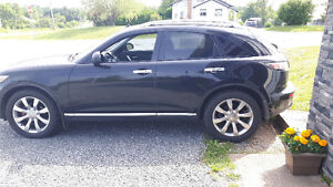 2006 Infiniti FX FX35 SUV, AWD fully loaded , looking to trade !
